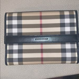 Burberry 100% authentic check canvas wallet